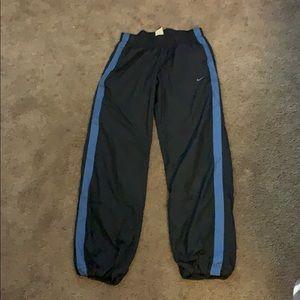 Nike wind breaker pants